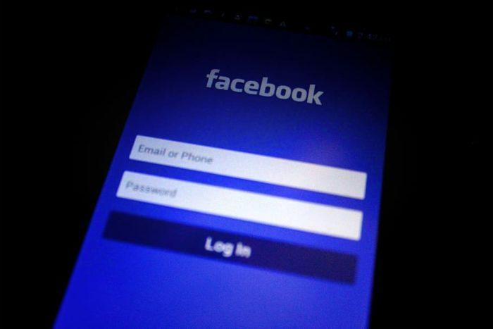 Facebook - celular