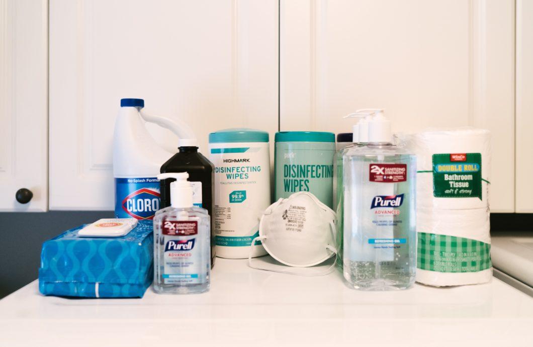 Arsenal de produtos de limpeza / Unsplash