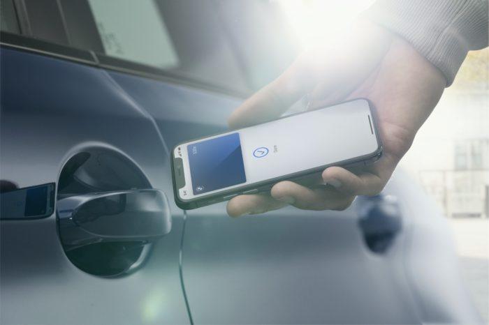 iPhone: chave digital de carro estará disponível no iOS 13 também (Foto: Divulgação/BMW)