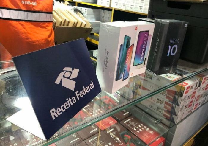 Receita Federal apreende celulares Xiaomi