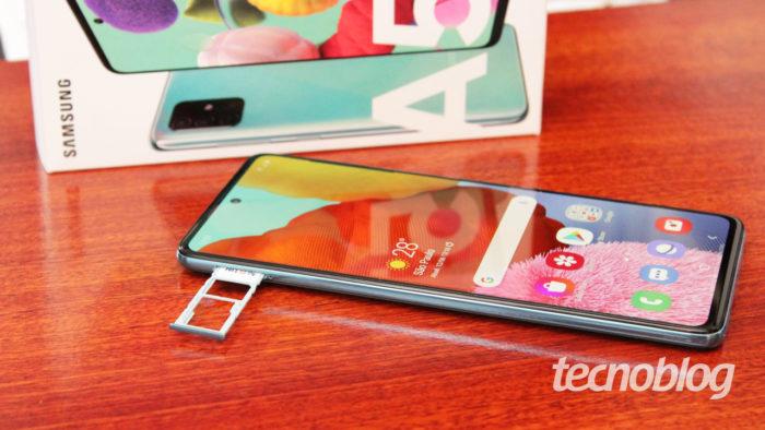 Samsung Galaxy A51 (Imagem: Emerson Alecrim/Tecnoblog)