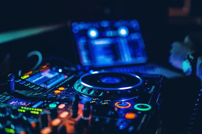 6 bots de musica para usar no discord / Krys Amon / Unsplash