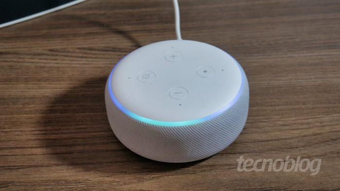 Amazon Echo Dot de 3ª geração (Imagem: Paulo Higa/Tecnoblog)
