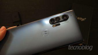 Uma olhada no Motorola Edge+, o retorno da marca aos flagships
