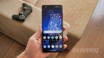 Próximos Motorola Edge vazam com detalhes sobre tela, bateria e mais
