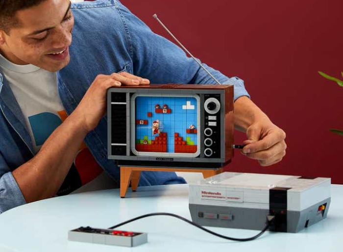 NES e Super Mario Bros. ganham versão em Lego (com TV antiga ...