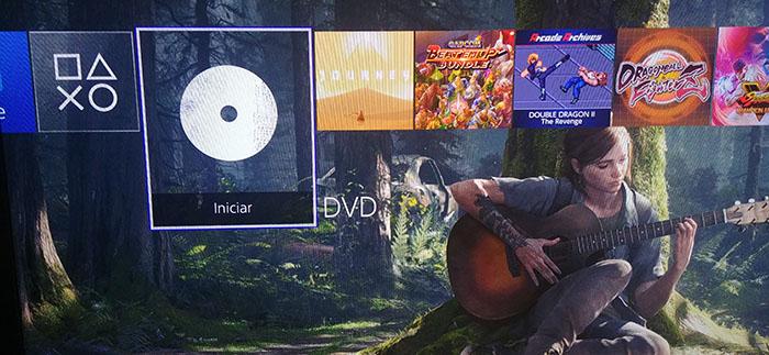 O PS4 roda DVD