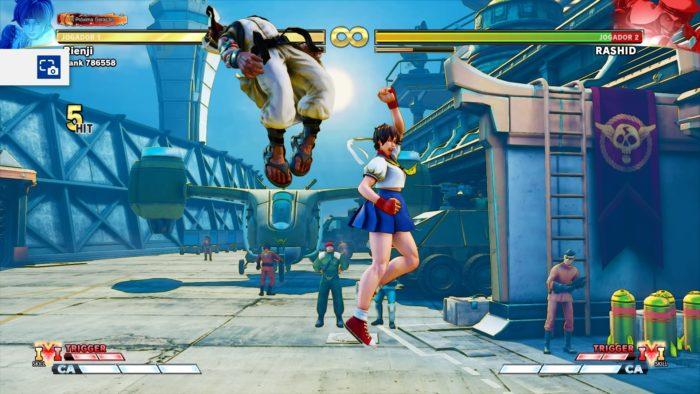 3 truques com a Sakura em Street Fighter V / Felipe Vinha / Reprodução