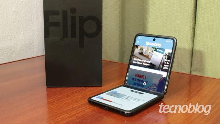 Samsung Galaxy Z Flip (Imagem: Emerson Alecrim/Tecnoblog)