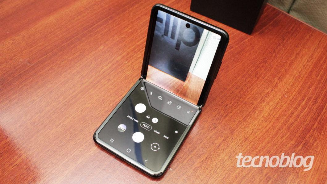 Samsung Galaxy Z Flip - camera app
