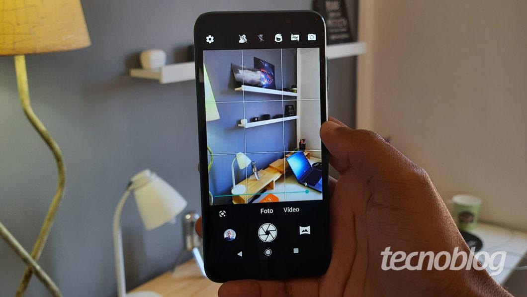 App de câmera do Moto E6 Play