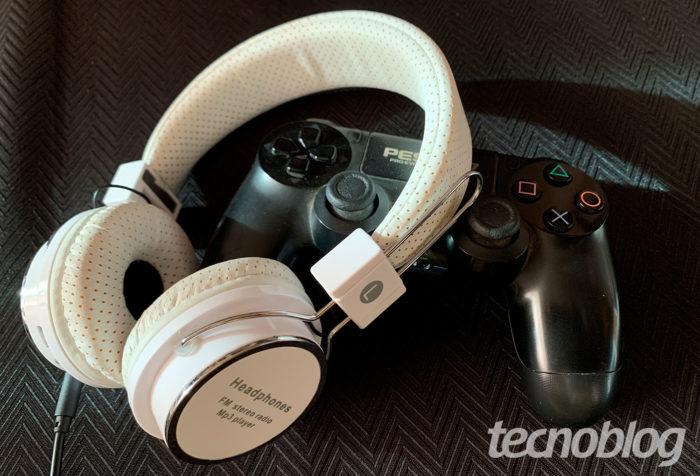 Como usar fone de ouvido no PS4 [Configurar Saída] / Reprodução / Felipe Vinha