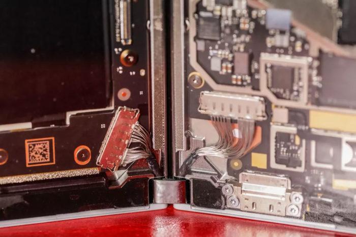 microsoft surface duo pelado fios