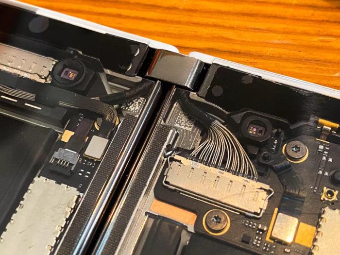 microsoft surface duo pelado fios de cima
