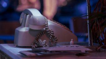 Oi supera Vivo na telefonia fixa em meio a desligamentos
