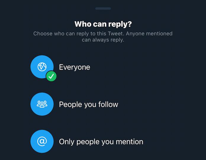 Twitter libera recurso que limita respostas em tweets no iOS (Foto: Reprodução/The Verge)