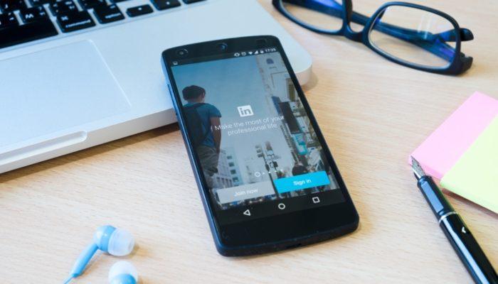 Comobloquear alguém no LinkedIn / Freepik / Divulgação