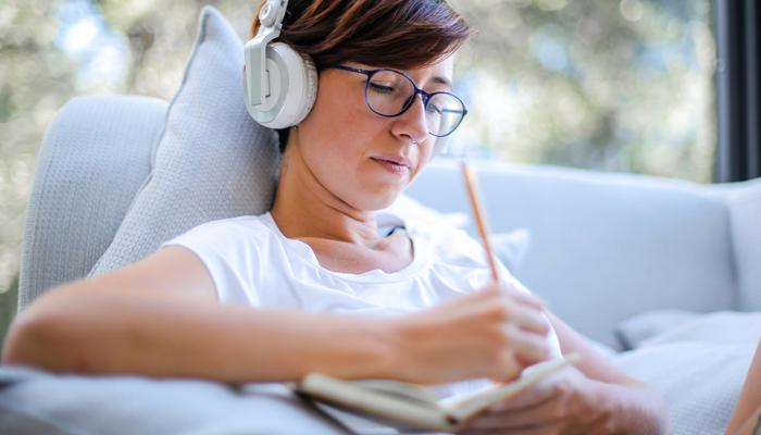 Como transcrever áudios com o Word Online