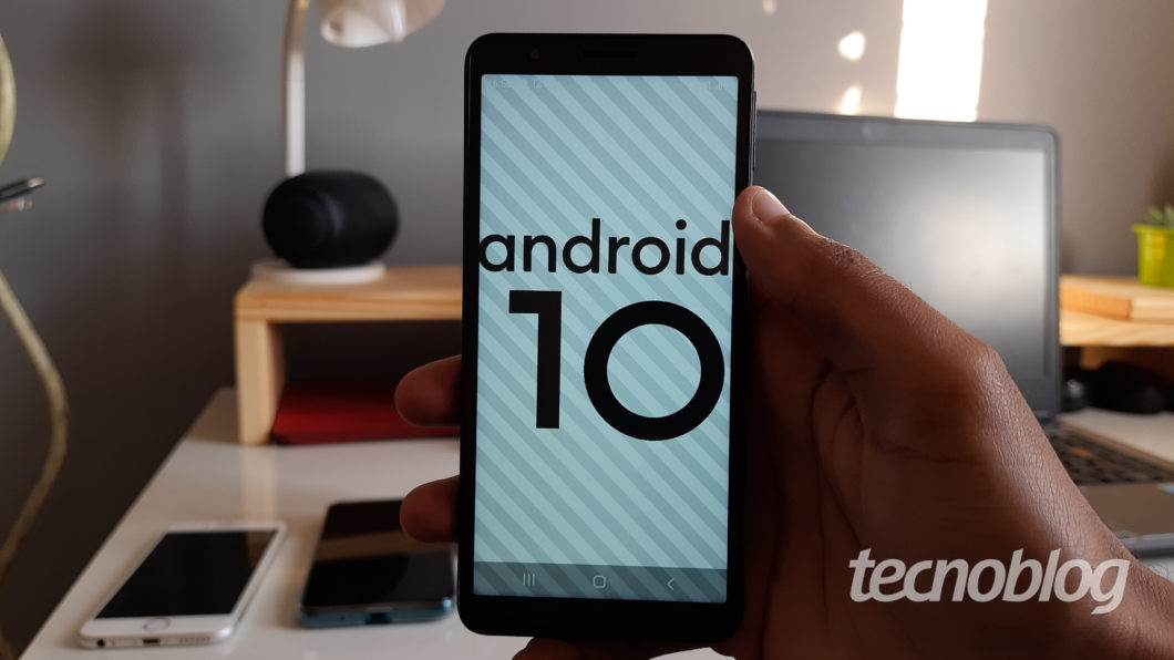 Android 10 no Galaxy A01 Core