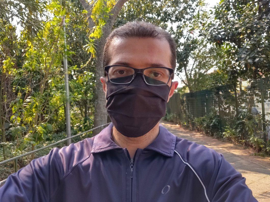 Selfie feita com o Moto G9 Plus
