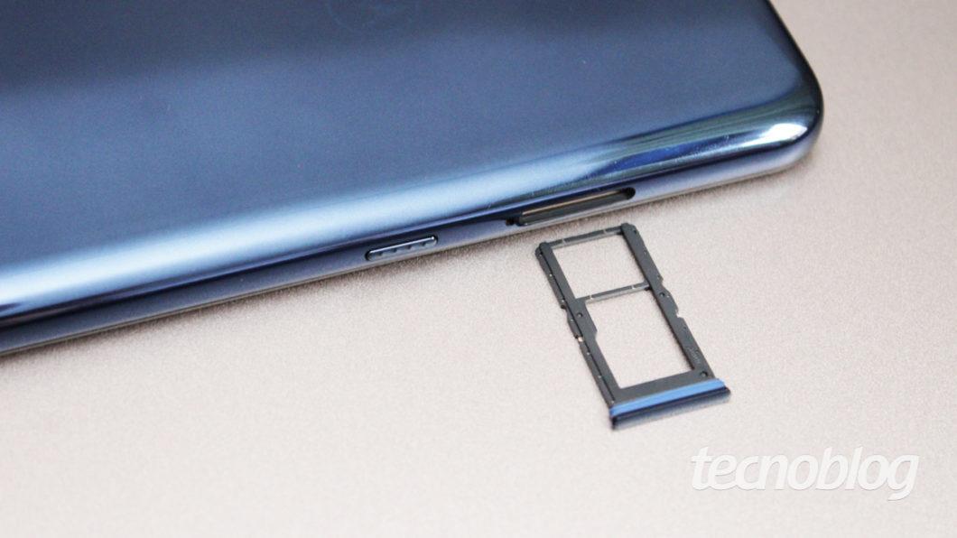 Motorola Moto G9 Plus - gaveta