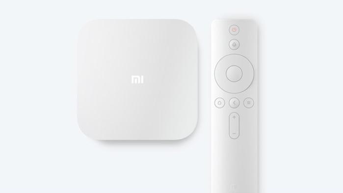 Mi Box 4S e controle remoto (Imagem: Divulgação/Xiaomi)