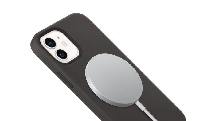 MagSafe no iPhone 12 (imagem: Apple)