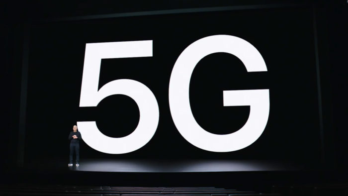 iPhone 12 is the first with 5G. (Image: Playback / Apple)