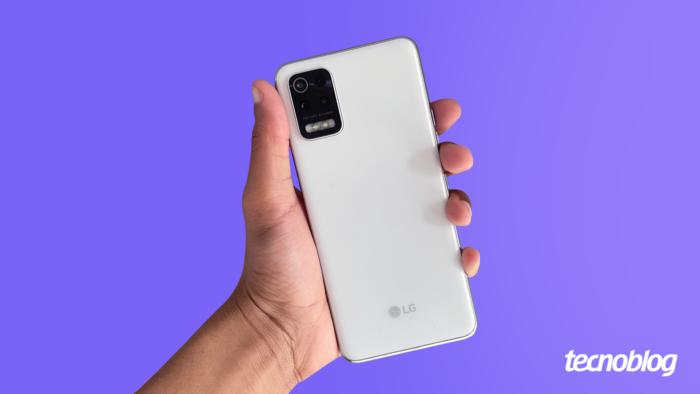 LG K62+ (Imagem: Vitor Pádua/Tecnoblog)