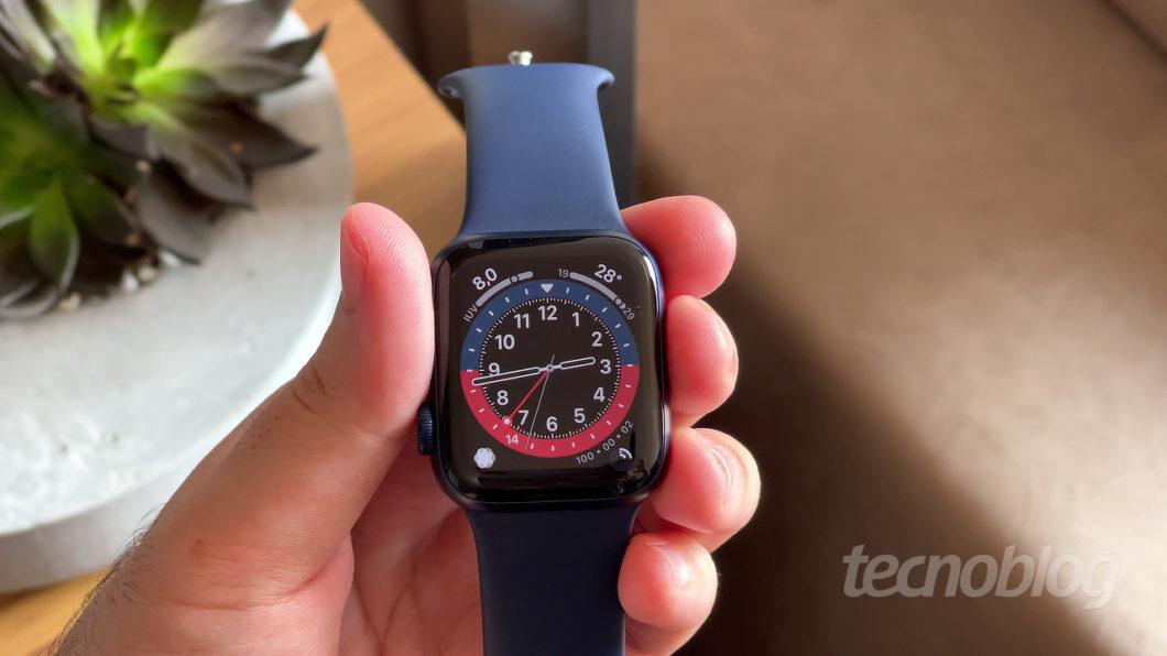 Apple Watch Series 6 (Imagem: Paulo Higa/Tecnoblog)