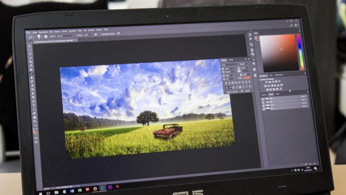 No Photoshop é possível criar uma foto de capa para seu Facebook (Imagem: Reprodução/Pixy)