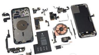 Desmanche do iPhone 12 Pro Max mostra câmera grande e bateria em L
