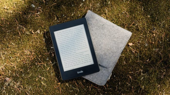 Como usar com Kindle com Goodreads (Imagem: Jingda Chen/Unsplash)