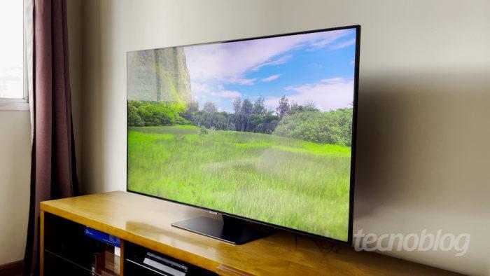 TV QLED Samsung Q80T (Imagem: Paulo Higa/Tecnoblog)