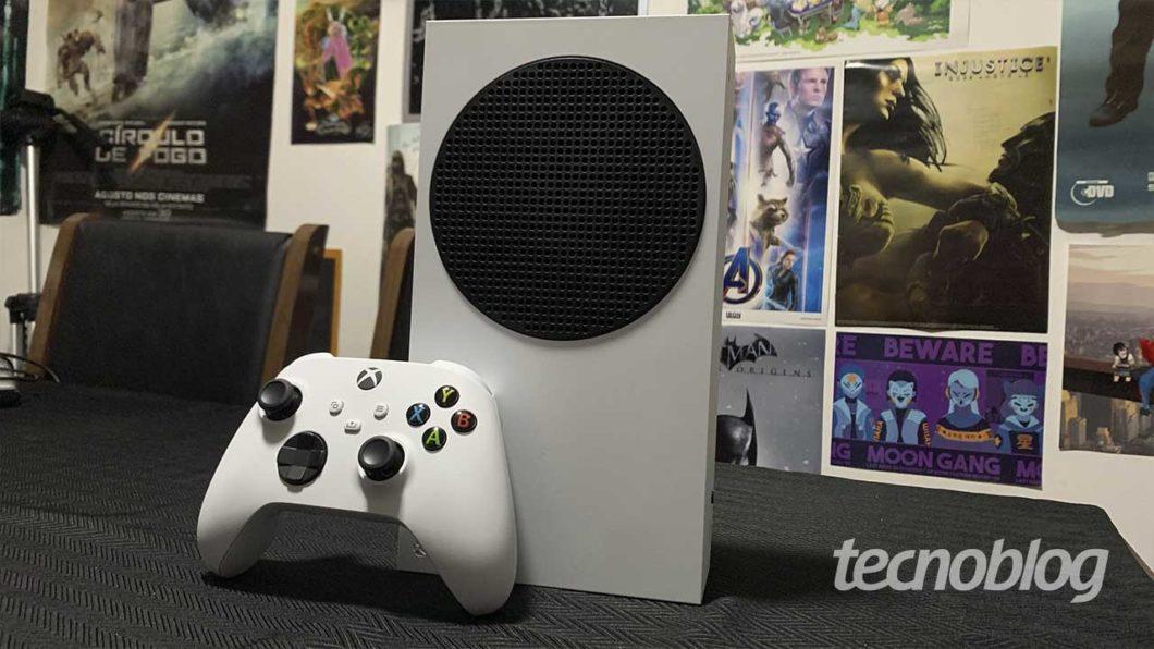 Xbox Series S: um bom aparelho (Imagem: Felipe Vinha/Tecnoblog)