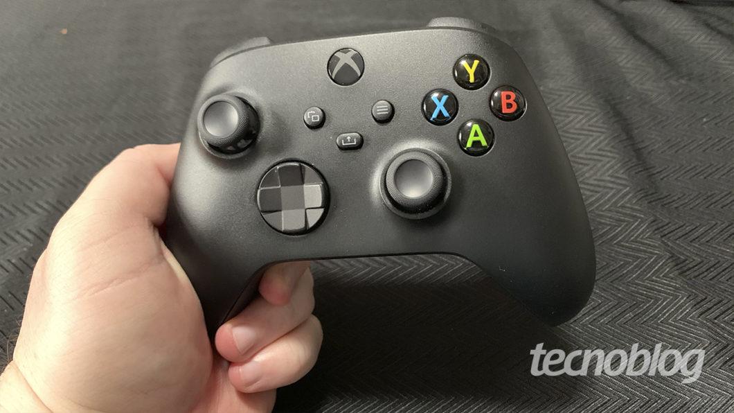 O controle do Xbox Series X (Imagem: Felipe Vinha/Tecnoblog)