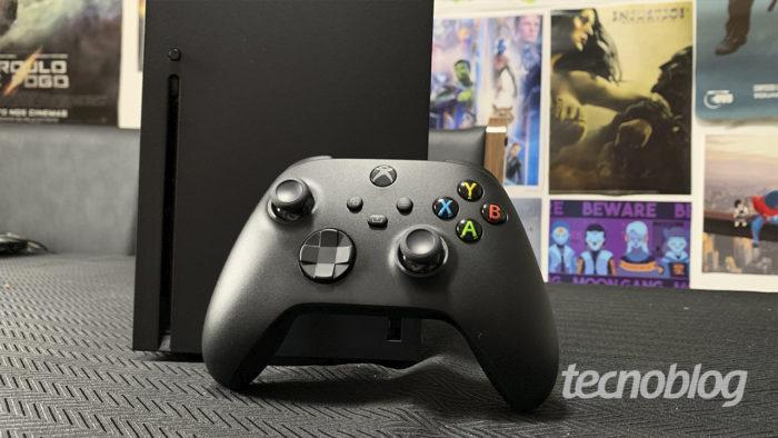Review: Xbox Series X é grande e poderoso (Imagem: Felipe Vinha/Tecnoblog)