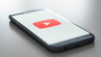 YouTube alerta quem tenta publicar comentários ofensivos