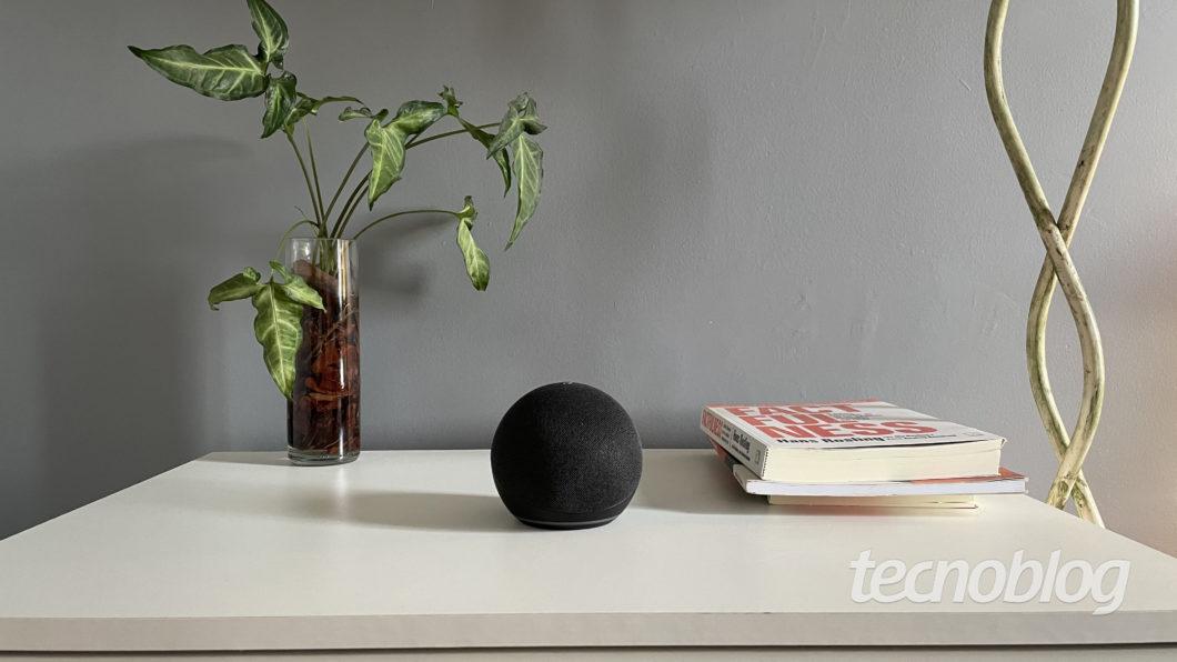 Amazon Echo Dot (4th generation) (Image: Darlan Helder / Tecnoblog)