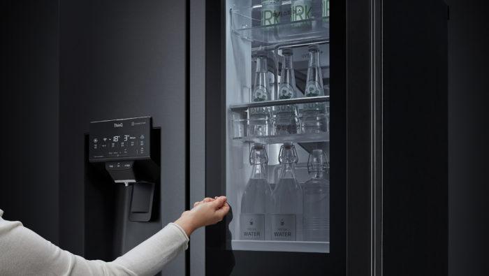 LG InstaView com sistema Door-in-Door (Imagem: divulgação/LG)