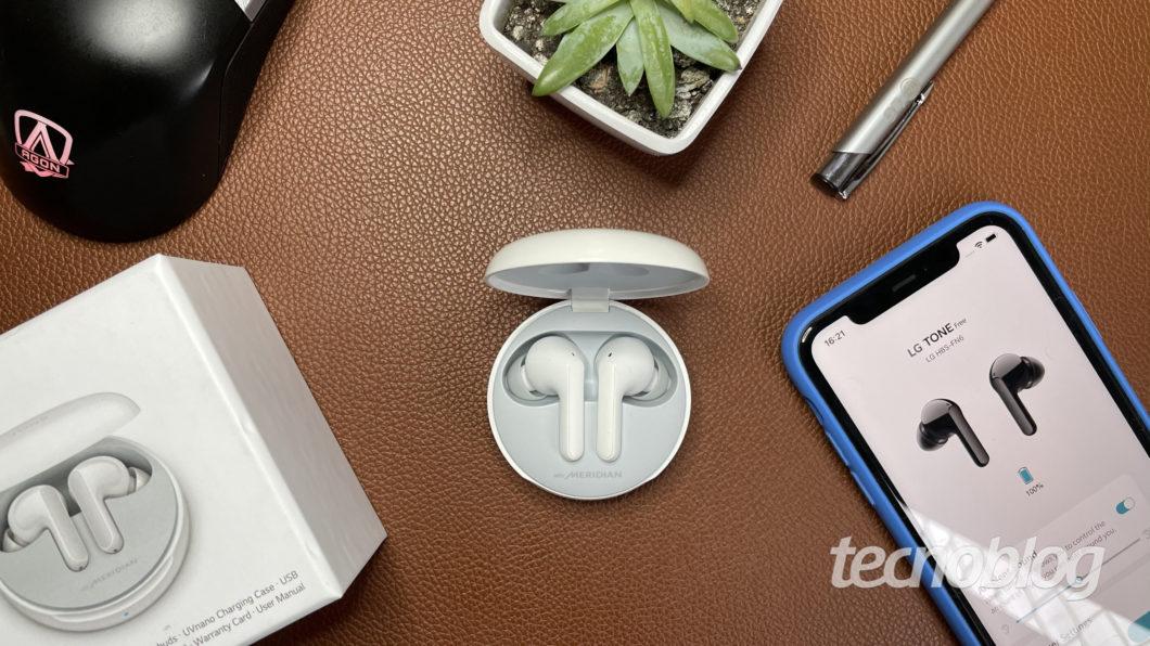 Fone Bluetooth LG Tone Free FN6 (Imagem: Darlan Helder/Tecnoblog)