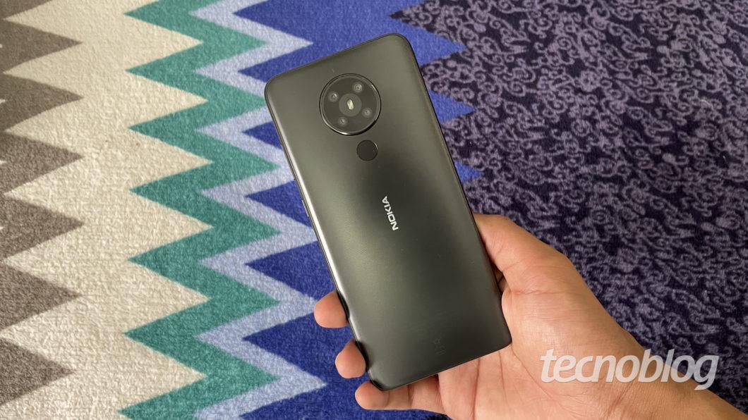 Nokia 5.3 (Imagem: Darlan Helder/Tecnoblog)