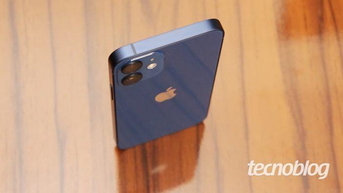 iPhone 12 Mini (imagem: Emerson Alecrim/Tecnoblog)