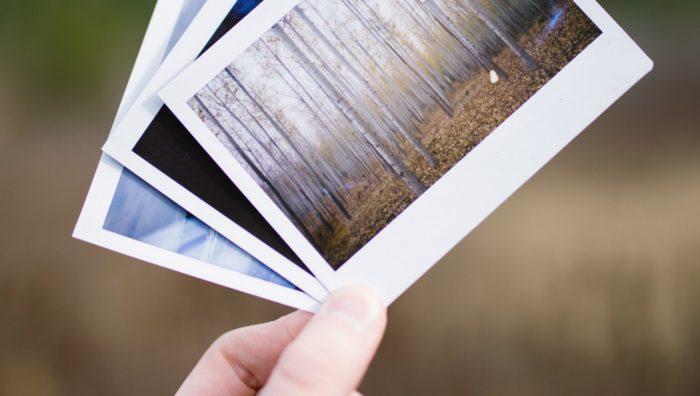 Fotos Duplicadas (Imagem: Cole Keister / Unsplash)