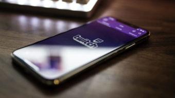 Twitch sofre ataque e hacker vaza dados de streamers e códigos do site