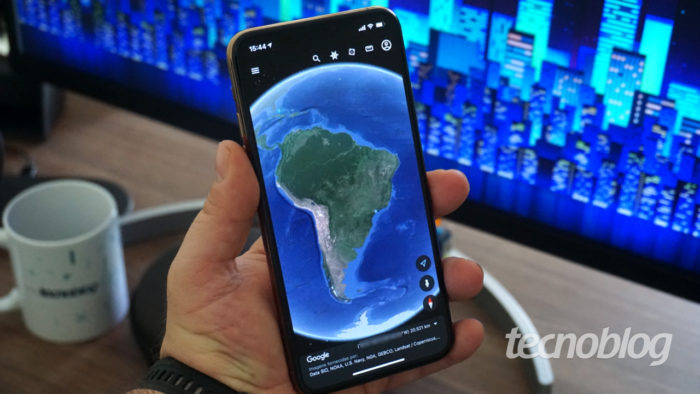 Google Earth no iPhone (Imagem: André Fogaça/Tecnoblog)