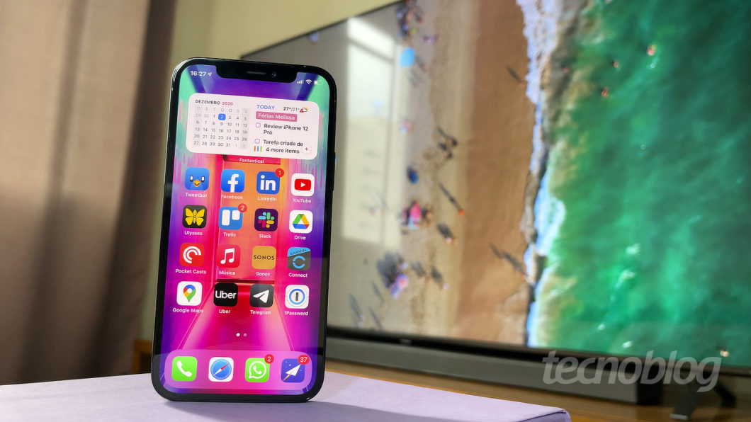 iPhone 12 Pro (Image: Paulo Higa / Tecnoblog)