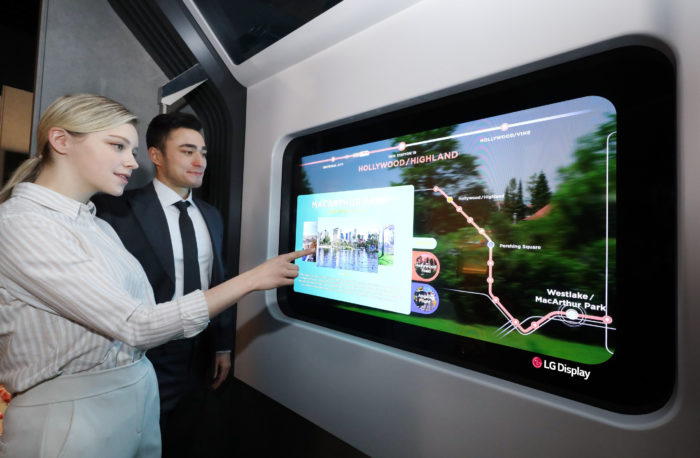 LG Display OLED no metrô