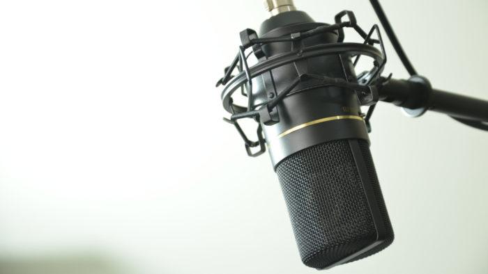Microfone (Imagem: Pexels/Pixabay) / phantom power