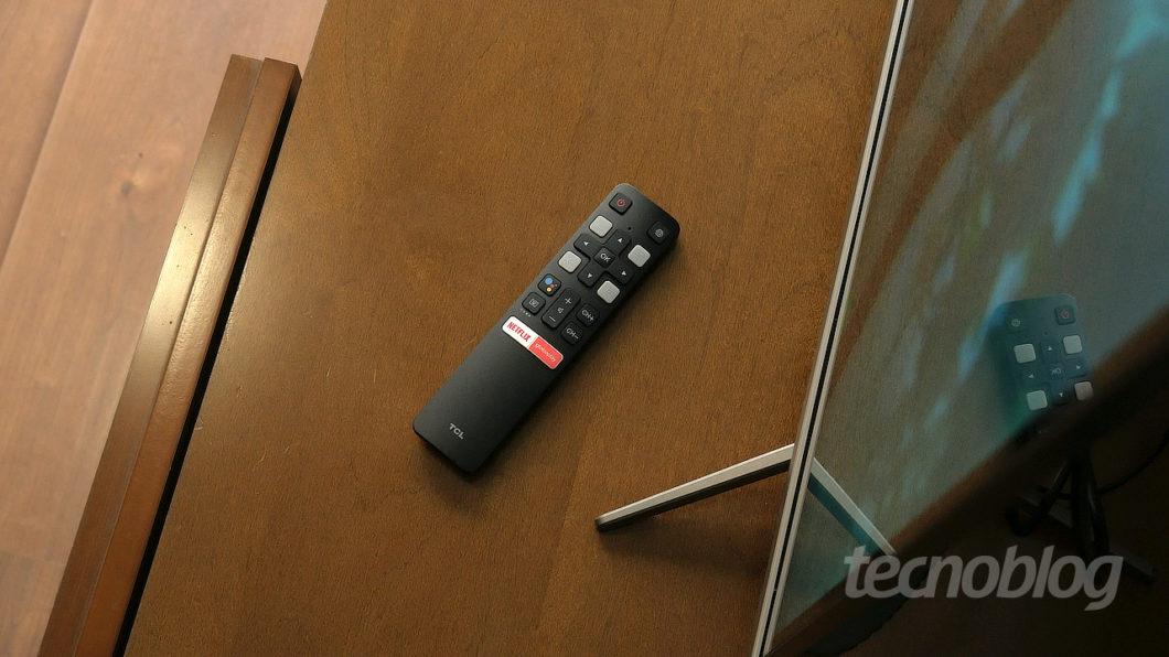 TV 4K TCL P715 (Imagem: Paulo Higa/Tecnoblog)